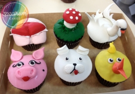 Deluxe novelty cupcake decorations