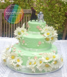 My friends garden wedding cake, with beautiful sugar paste daisies to match the bride's bouquet (they provided their own cake toppers)